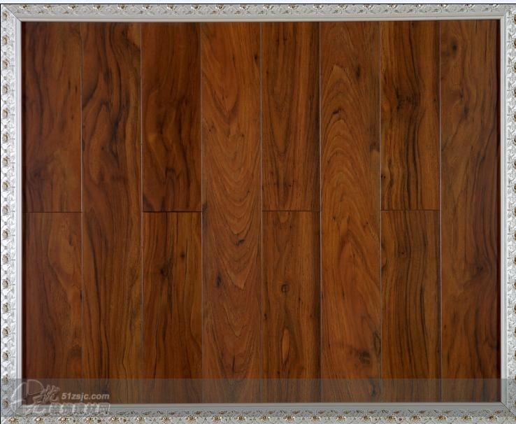 胡桃木 伊凡生态木地板   时尚空间系列是伊凡地板的代表作,地板表层
